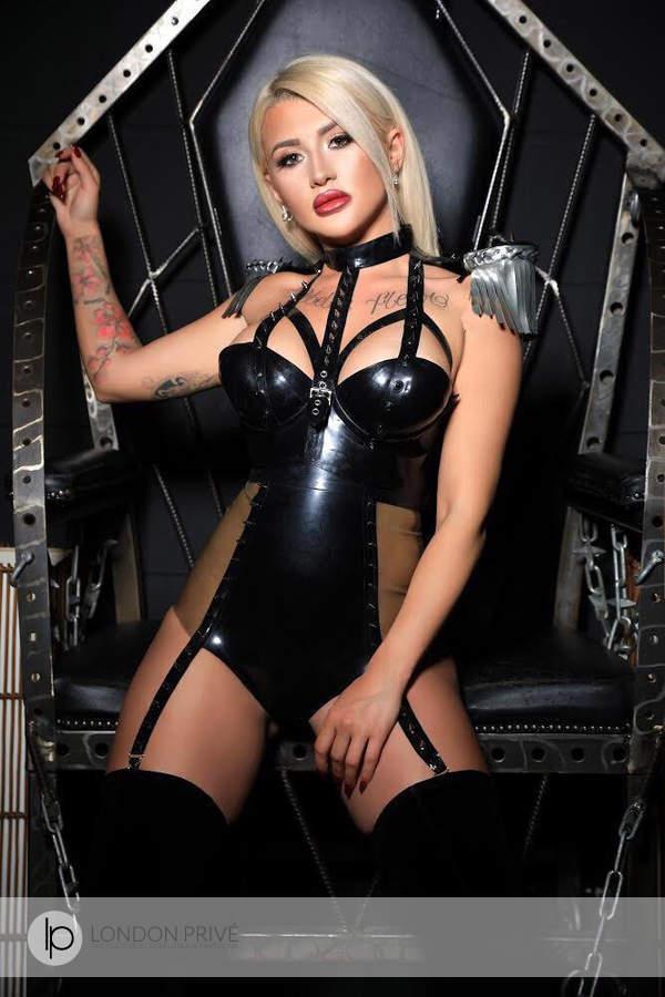 mistress eve elite female escort