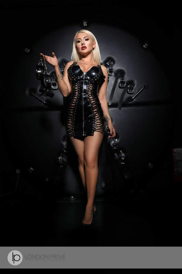 Southern Phone Reviews >> Mistress Eve Elite Female Escort | London Privé